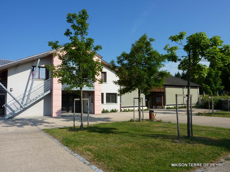 Maison de la Terre de Peyre, côté administration